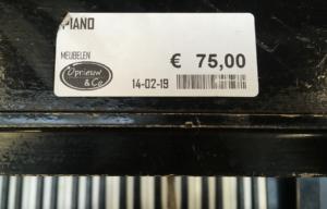 kringloop piano prijs