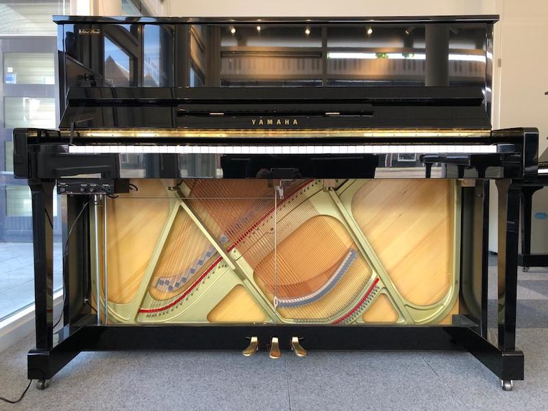 Open silent systeem piano