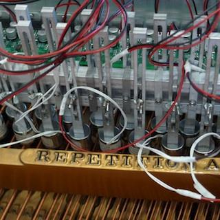 Magneetsystemen piano